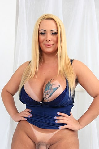 Pamela Falcao