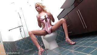 Giovane Transessuale Candy spruzza di piacere!