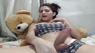 Shemale teenager in webcam