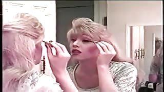 Brandy Scott trans vintage attiva.