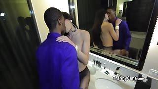 Trans escort Venus Lux