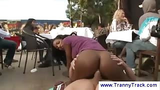 Sesso in pubblico con la Ts Natassia Dream:part2