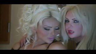 Bambolona sexy Azeneth Sabrok trans da sogno